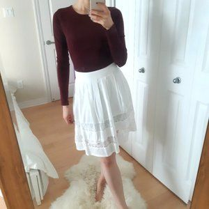 Pleated rayon skirt with lace detail S/P